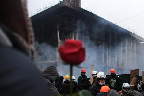 Germanii se opun sancţiunilor economice împotriva Rusiei şi cred că responsabil de criză este Kievul