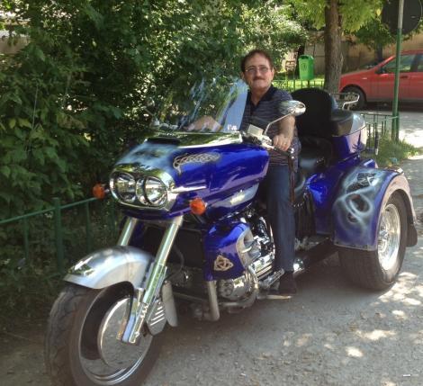 Cornel Palade este posesorul unei motociclete deosebite!