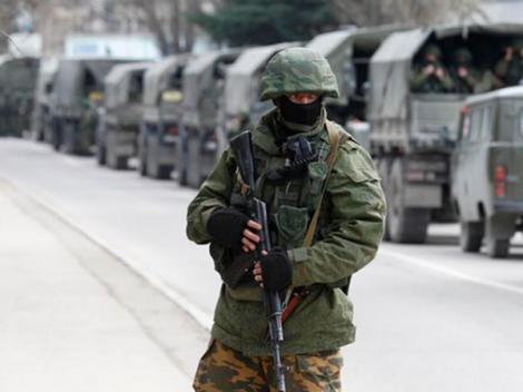 VIDEO! S-au tras primele focuri de armă în Crimeea!