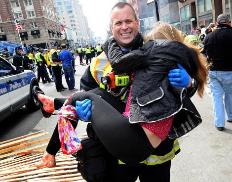 Imagini CUTREMURĂTOARE! Zi neagră pentru americani. Se împlineşte un an de la atacul terorist din Boston