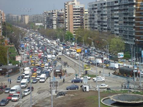 Ce nervi, ce claxoane? Şoferii români se relaxează la volan