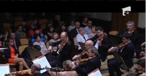 O orchestră simfonică din Cehia invită spectatorii să cânte alături de muzicieni