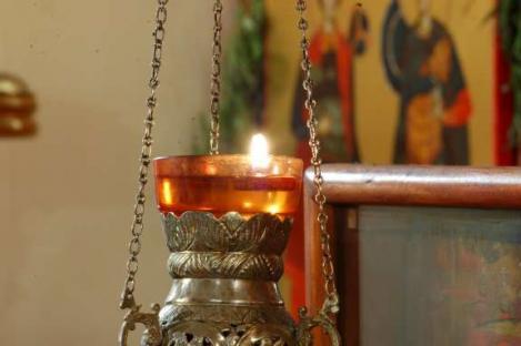 Sărbătoare mare pentru creștinii-octodocși! Pelerinaj la Izvorul Tămădurii