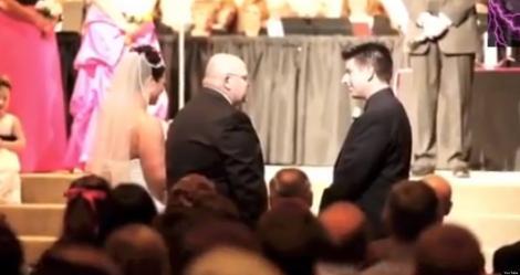 Emoționant! Ce îi spune un socru, ginerelui său, în fața altarului