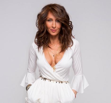 FOTO! Mihaela Rădulescu, răvăşitor de sexy!