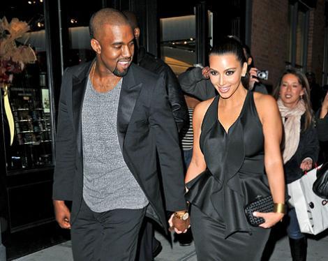 "Kim Kardashian și Kanye West sunt, oficial, SOȚ și SOȚIE! În sfârșit au spus marele ""DA""."
