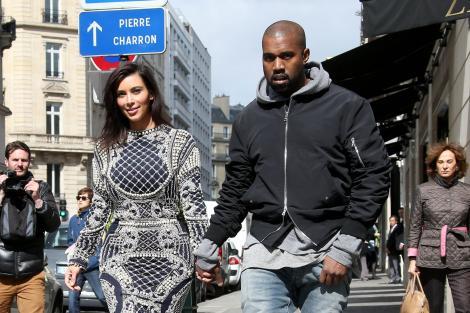 Prima imagine cu Kim Kardashian în rochie de mireasă