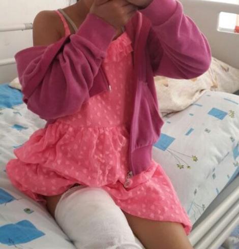 Telefonul mobil a băgat-o în spital! O fetiţă a fost internată cu arsuri grave