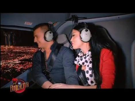 Zbor cu elicopterul deasupra Vegasului, la Burlăciţa! Sărut pasional în primul date privat