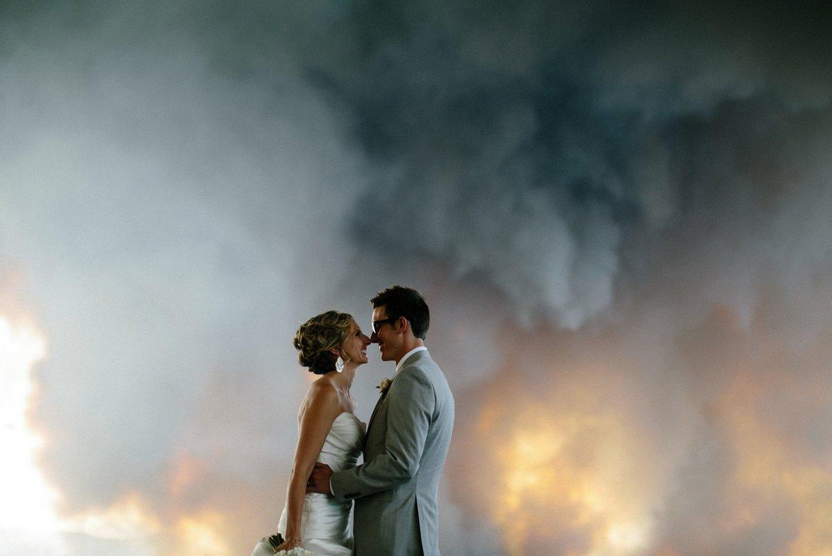 Superb! Doi miri din America au transformat un incendiu în ceva fabulos!