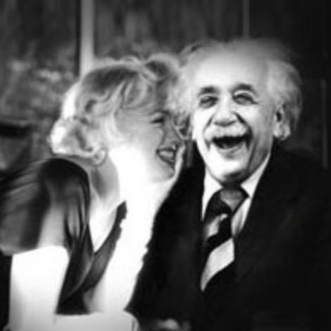 Marilyn Monroe i-a cerut lui Einstein să facă un copil împreună. Răspunsul lui a fost GENIAL