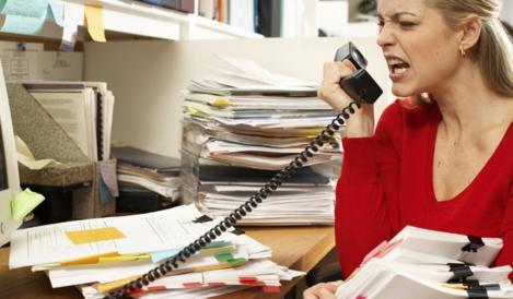 Eşti stresat? Munca la birou te oboseşte? Asta e soluţia pentru o atmosferă de vis, la serviciu