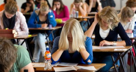 """La BAC n-au scris, dar au """"încins"""" conturile de socializare: Iată cele mai tari glume după examenul la limba română!"""