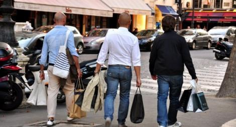ATENȚIE!  Am aflat DE CE bărbaților NU LE PLACE să meargă la shopping