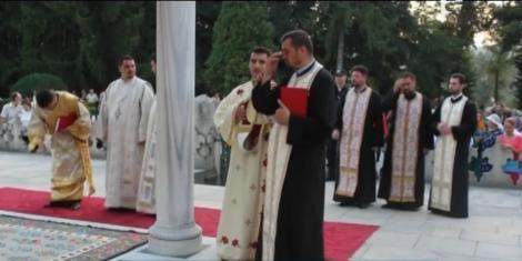 Rugăciuni sub cerul înstelat pentru milioane de români