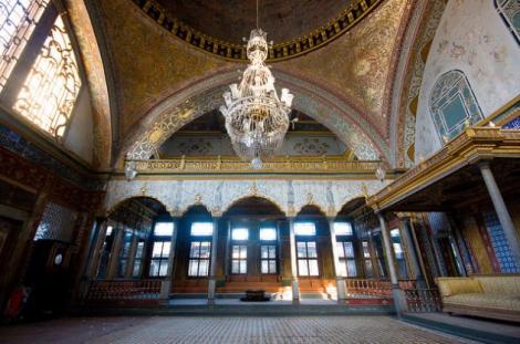 Palatul lui Suleyman Magnificul, ÎN PERICOL! Motivul este INCREDIBIL