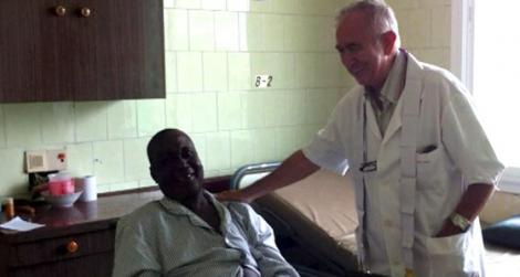Ebola ajunge în Europa!? Un preot spaniol a fost infectat cu acest virus!