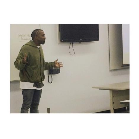 Kanye West, profesor la facultate: Artistul a fost condamnat să predea lecții de modă!