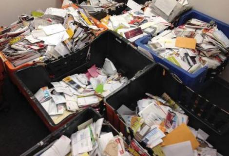 Nici în filme nu vezi așa ceva! Poștașul care a păstrat 40.000 de scrisori numai pentru el