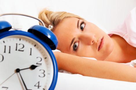 Opt alimente care te ajută să dormi mai bine! Iată ce trebuie să consumi pentru un somn ca de bebeluş
