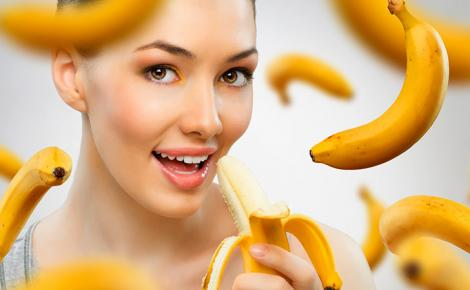 Nu o să mai arunci cojile de banane! Nu te-ai gândit niciodată ce poți face cu ele! Efectele sunt spectaculoase!