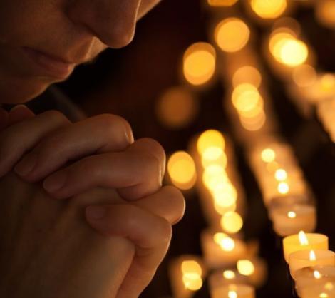 Rugăciunea ce îți va schimba viața radical! Spune-o în fiecare vineri și vei scăpa de probleme!