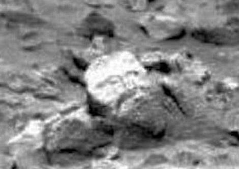 Descoperire istorică. Un chip uman sculptat pe rocă aflată pe Marte!