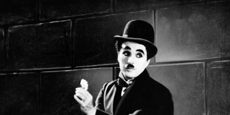 Cum arăta Charlie Chaplin la 27 de ani! Fotografia este unică și face deja furori pe internet!