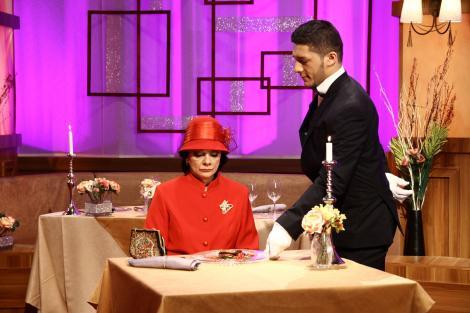 """Carmen Tănase și Virginia Rogin, în promo-ul  celui de-al doilea sezon """"Hell's Kitchen – Iadul Bucătarilor"""""""