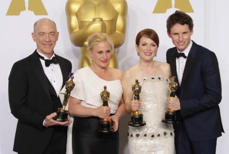 """OSCAR 2015 - Lista completă a câştigătorilor: """"Birdman"""" - Cel mai bun film al anului"""