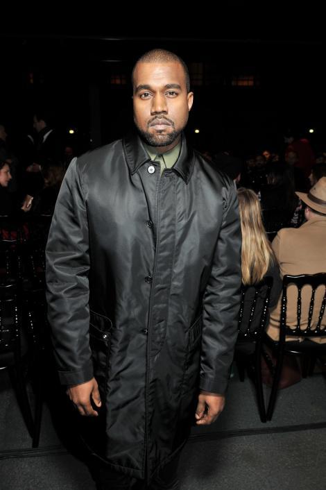 Aerul respirat de Kanye West, vândut cu o sumă fabuloasă pe Internet! NU e nicio glumă!