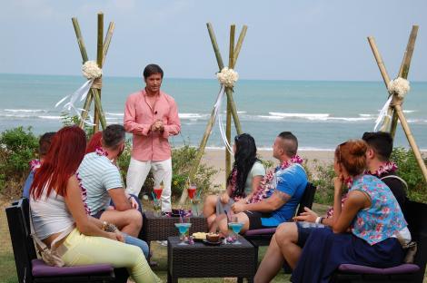 """Primele întâlniri private au încins relațiile dintre concurenți și ispite, pe """"Insula iubirii"""""""
