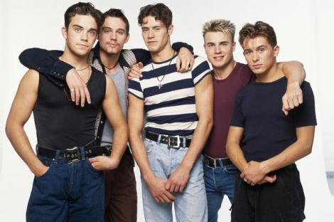 """Milioane de fani sunt în delir! Asta e fotografia care o să intre în istorie! Legendara trupă """"Take That"""" s-a reunit"""