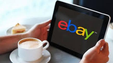 N-o să-ţi vină să crezi ce vinde această femeie pe internet! Preţul începe de la un EURO bucata!