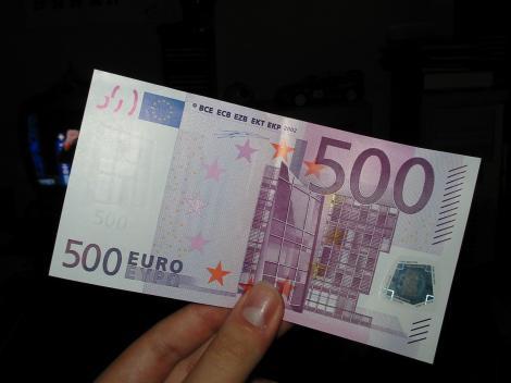 Anunţ important pentru români! Tinerii sub 35 de ani vor primi 500 euro pe lună! Ce trebuie să facă