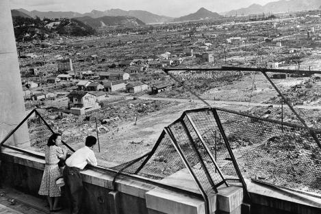"""""""Little Boy"""" i-a arătat Hiroshimei că era mare și puternic. Dezastrul, mutilarea și durerea din 1945 văzute în imagini"""