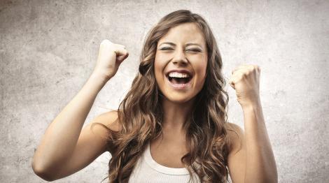 Veste SENZAŢIONALĂ pentru toate femeile din România! Vor primi 50.000 de lei! Iată ce trebuie să facă