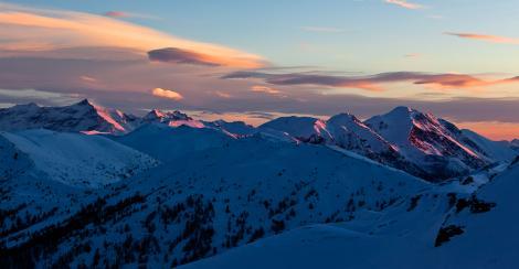 Imaginea începutului de an vine de la NASA! Cum arată peisajul de iarnă în Alpi