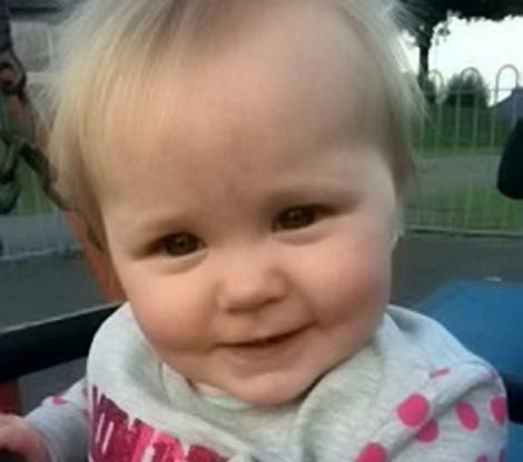 Atenție, părinți! Un bebeluș a murit, după ce s-a jucat cu un obiect banal. Toți îl avem în casă