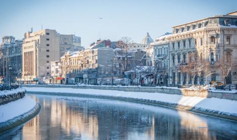 La București, ningeee! Vine iarna în toată țara? Meteorologii au răspunsul!