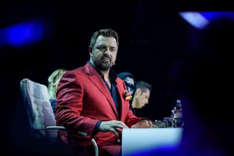 """Începe bătălia pentru GALELE LIVE """"X Factor""""! Brenciu își alege careul de voci din Bootcamp!"""