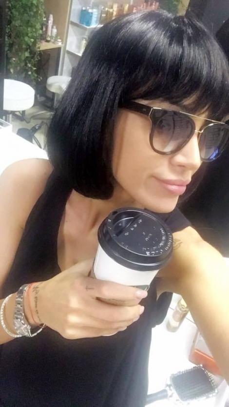 Adelina Pestrițu și-a schimbat look-ul! Bruneta și-a afișat noua coafură și a strâns sute de aprecieri!