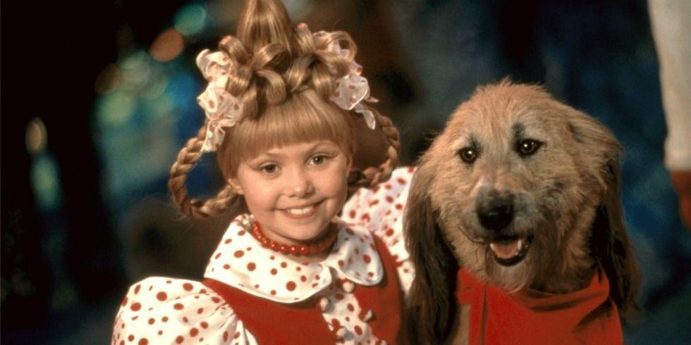 """O mai ţii minte pe micuţa inocentă din """"Cum a furat Grinch Crăciunul""""? Iată cum arată acum actriţa care a interpretat-o pe Cindy Lou Who. Nici nu zici că e ea!"""