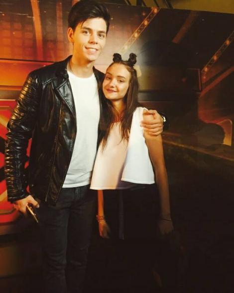 """Olga, emoția pură de la X Factor! S-a duelat cu Miruna, le-a câștigat inima fanilor, iar aceștia nu contenesc cu surprizele. Ce cadou a primit """"Pitica"""" de la admiratorii săi: """"Cel mai frumos!"""""""