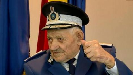 104 ani frumoși și sănătoși. Ce a mâncat și ce a băut Jandarmul Titu din Mehedinți