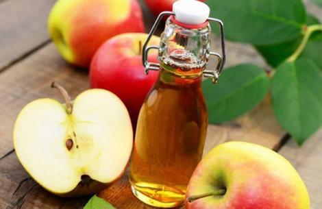 Ce se întâmplă dacă iei o lingură de oțet de mere, timp de câteva zile! Organismul tău se va transforma total!