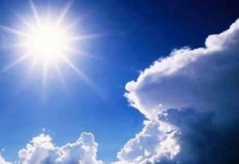 Vremea se joacă cu noi! De la soare arzător la nori și ploi. Ce ne așteaptă zilele următoare!