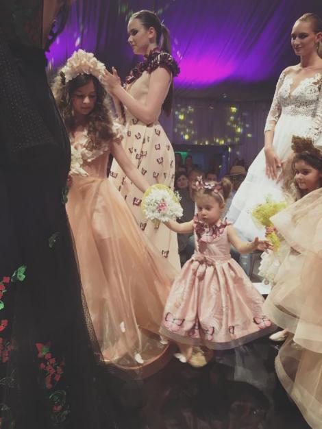 Fata lor este model! Fetița Mishei și a lui Connect-R, pe podium la doi anișori