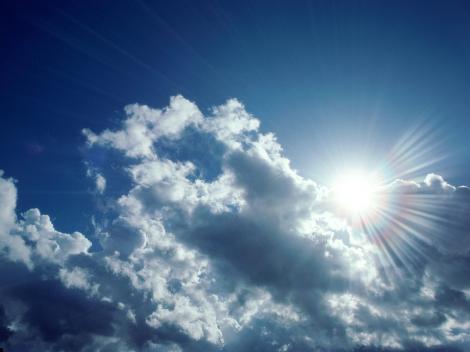 Vremea vine cu mari surprize! Vom avea soare sau cer înnorat în următoarele zile?