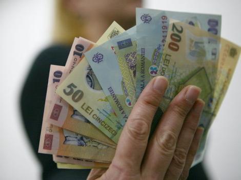 Veste uriașă pentru români! Cu cât cresc salariile începând cu data de 1 mai!